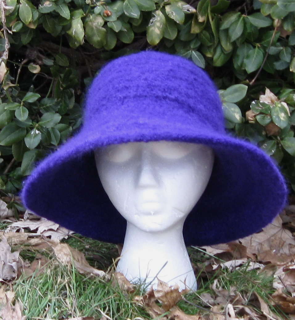 Felted Hat Knitting Pattern : patterns